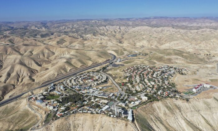 A view of the West Bank Jewish settlement of Mitzpe Yeriho on Jan. 26, 2020. (Oded Balilty/AP Photo)