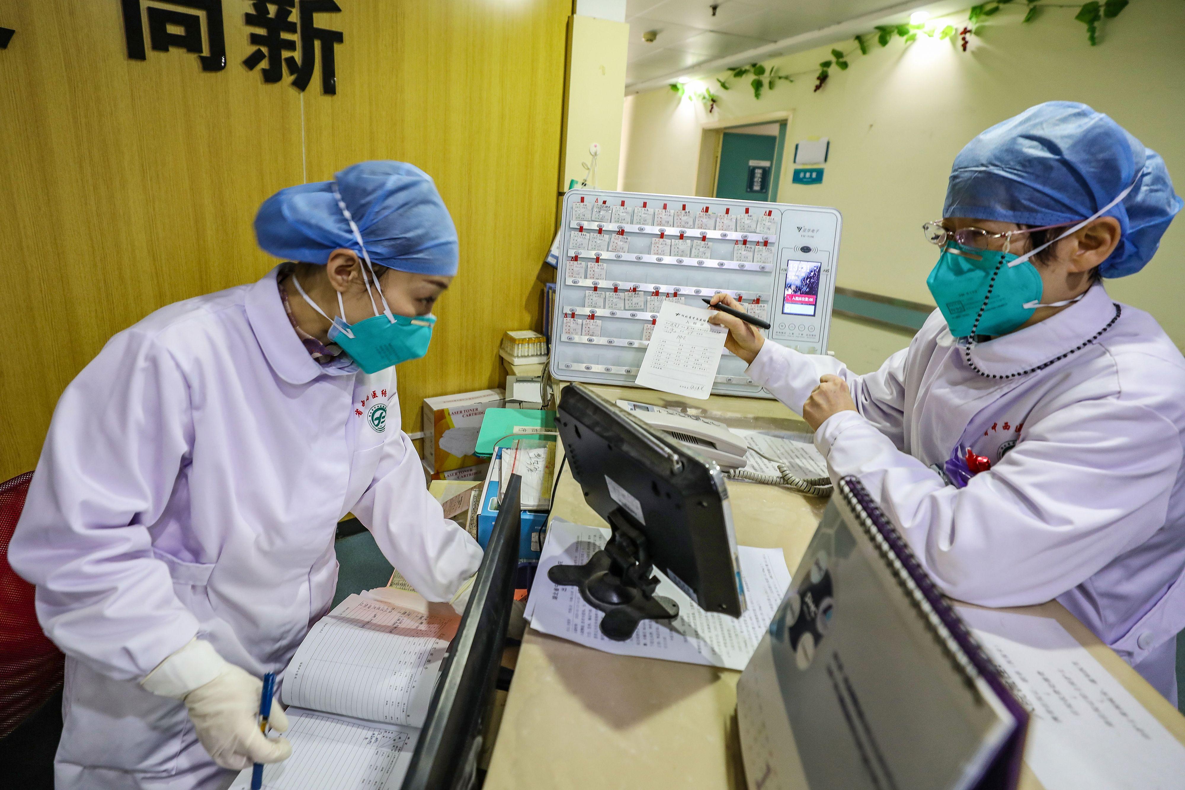 Locals Accuse Chinese Authorities of Misallocating Medical Supply Donations for Coronavirus