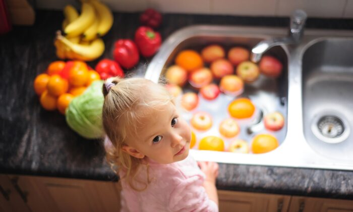 Soaking fruits and vegetables is a great way to get them clean. (Elena Nasledova/Shutterstock)