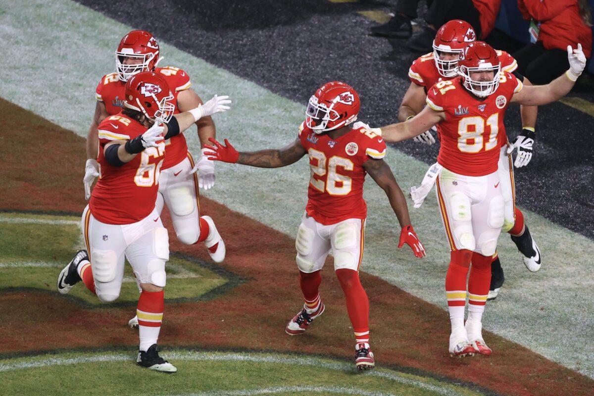 Kansas City Chiefs teammates react in Super Bowl LIV