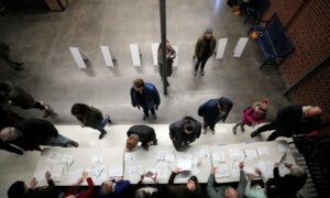Audit Blames DNC Intervention for Delays During Iowa Caucus