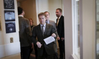 Sen. Paul Uses Senate Floor Speech to Pose Question Blocked by Chief Justice Roberts