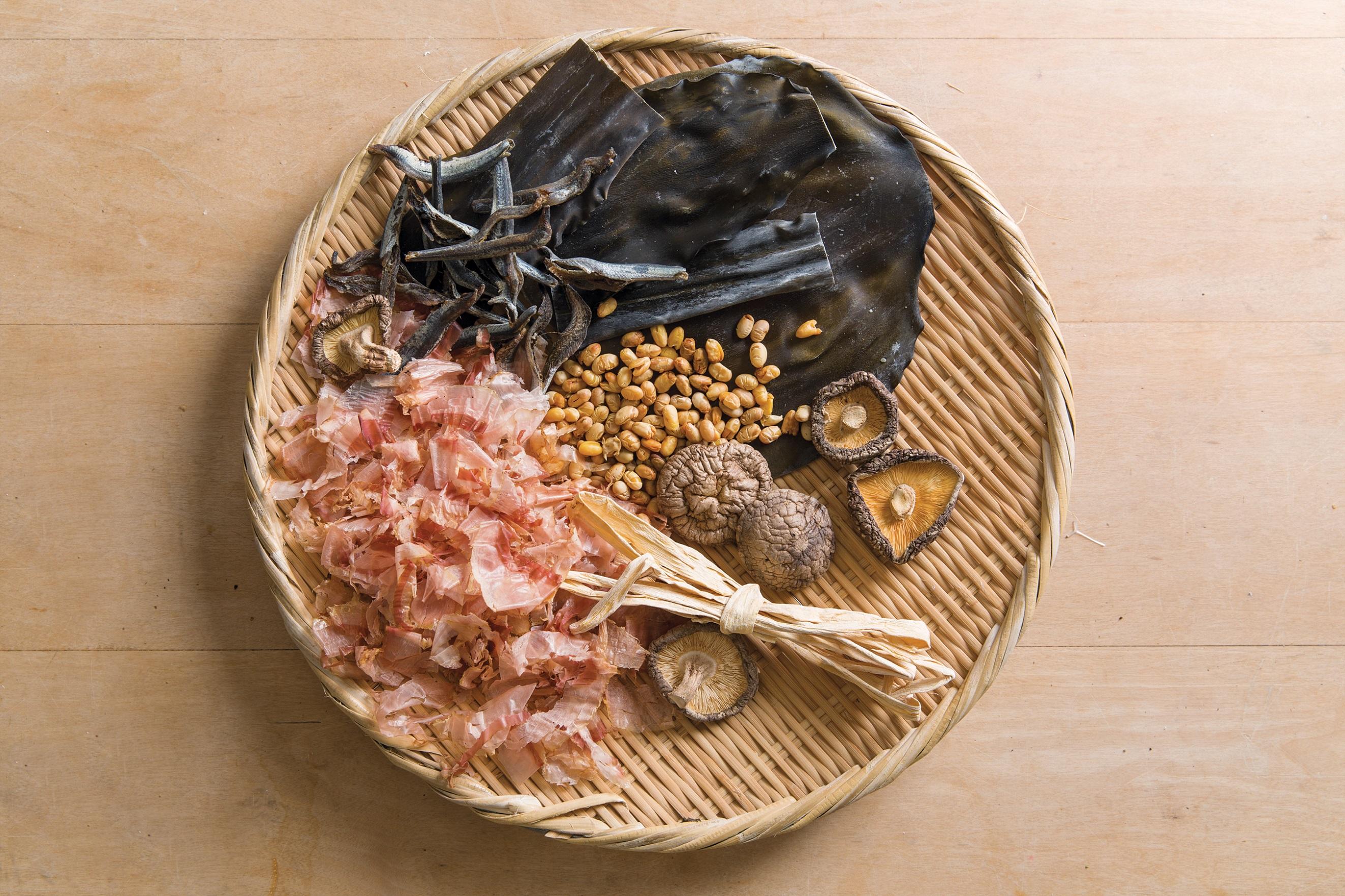IMG_Japanese Home Cooking_pg. 22_Bonito and Kombu Dashi_RB
