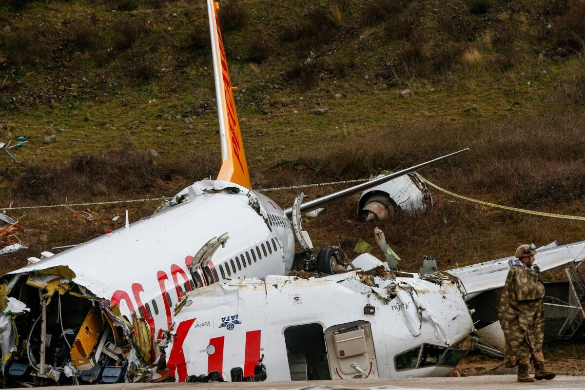 Turkey- Pegasus Airlines- Crash