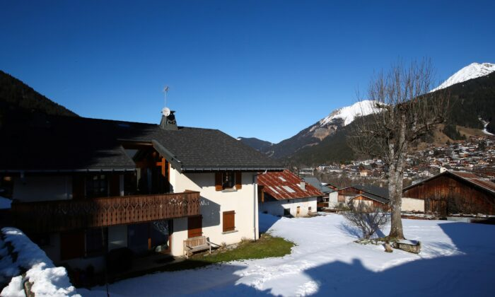 A view of the house where five British nationals including a child, who have been diagnosed with the coronavirus after staying in the same ski chalet with a person who had been in Singapore, were staying at the French Alpine resort of Les Contamines-Montjoie, France on Feb. 8, 2020. (Denis Balibouse/Reuters)