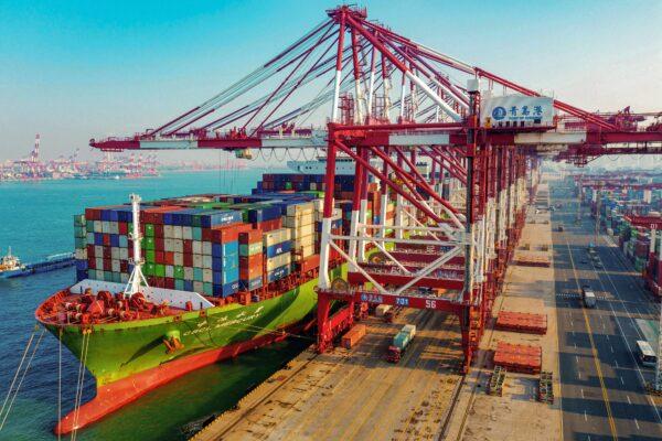 us-china-trade-tariffs-cargo
