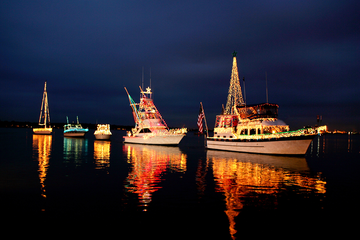 Lighted Boat Parade- Credit www.monsoursphotography.net