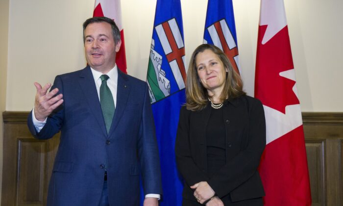 Alberta Premier Jason Kenney meets with Deputy Prime Minister Chrystia Freeland in Calgary on Jan. 7, 2020. (The Canadian Press/Todd Korol)