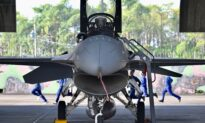 Taiwan Says US Flies Bombers Near Island After China Drills