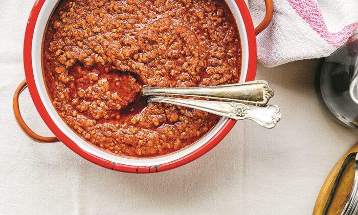 Tuscan ragù, slowly simmered on the lowest heat for hours. (Giulia Scarpaleggia)