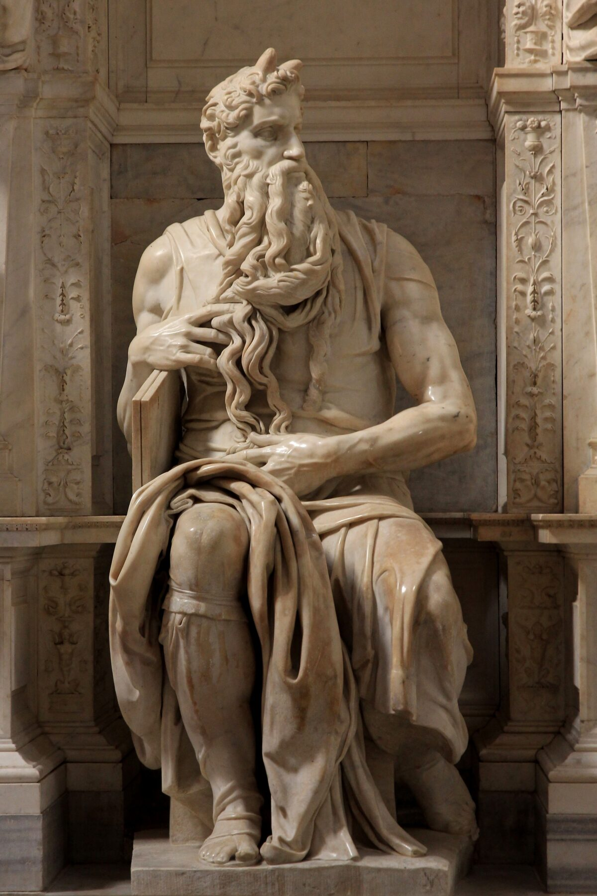 'Moses'_by_Michelangelo