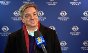 Shen Yun Artistry Is 'Top Notch' Clarinetist Says