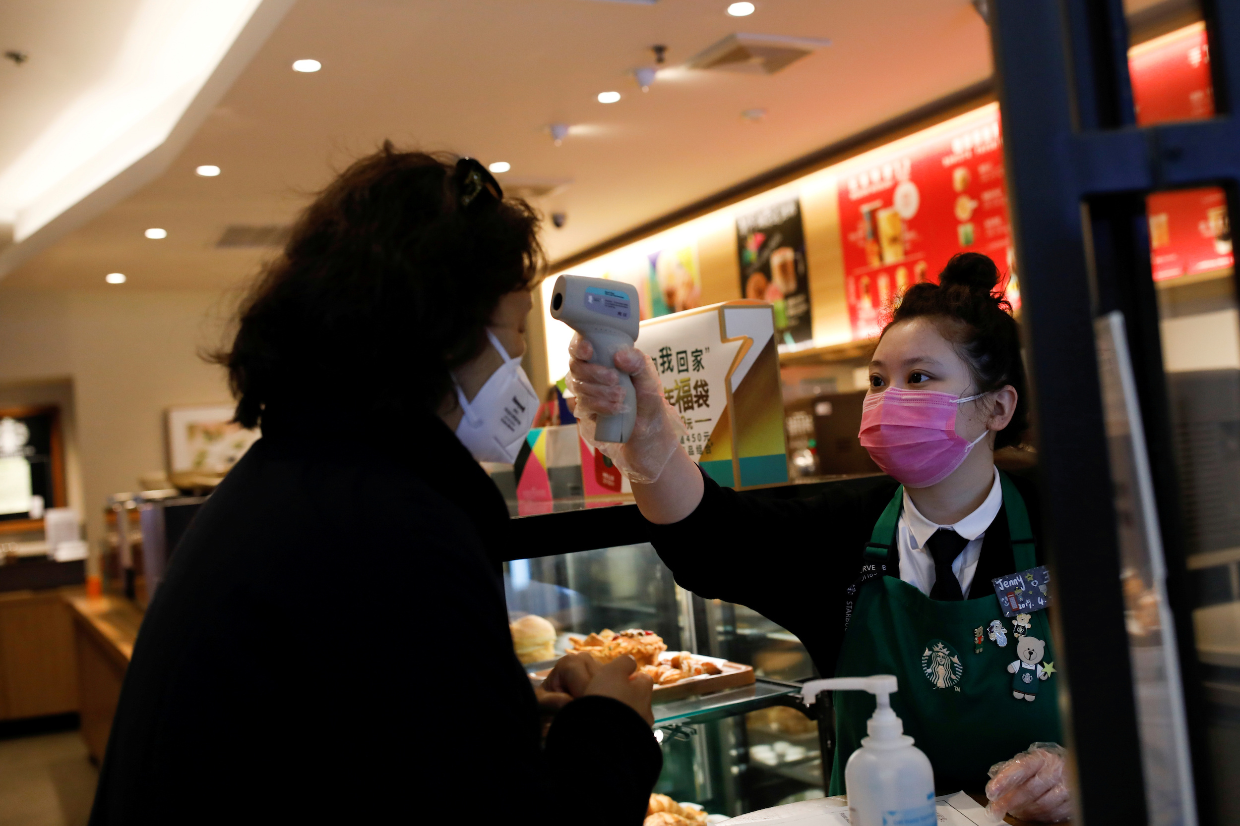 Fast-food Firms in China Step Up 'Contactless' Pickup, Delivery as Coronavirus Rages
