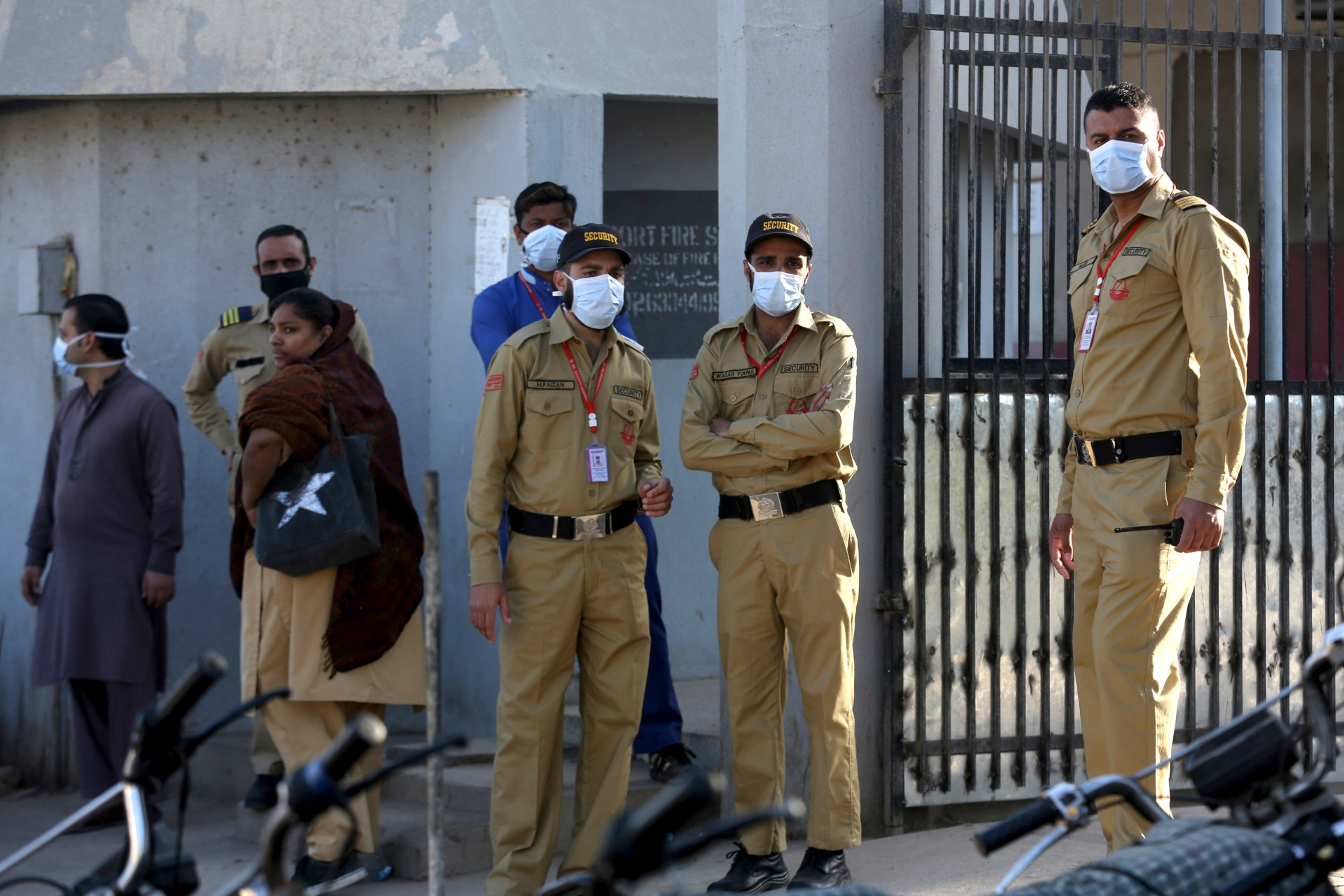 Pakistan- Private guards outside a hospital