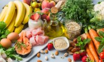 Mediterranean Diet Feeds Gut Bacteria Linked to Healthy Aging