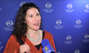 Business Owner Astounded by Shen Yun's Depth and Beauty: 'I could feel my heart healing'