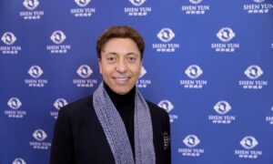 World-Class Ballet Dancer Calls Shen Yun Impressive, Fabulous, Amazing, 'Wonderful Artists'