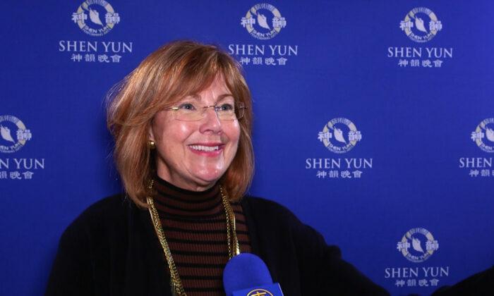 Mezzo-Soprano: Shen Yun Is Brilliant, Absolutely Very Uplifting