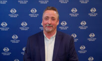 Seasoned Producer Says Shen Yun Is Absolutely Fantastic
