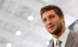 'They Thought I Was a Tumor': Tim Tebow Says Doctors Told His Mother to Abort Him, Now He Protects Life
