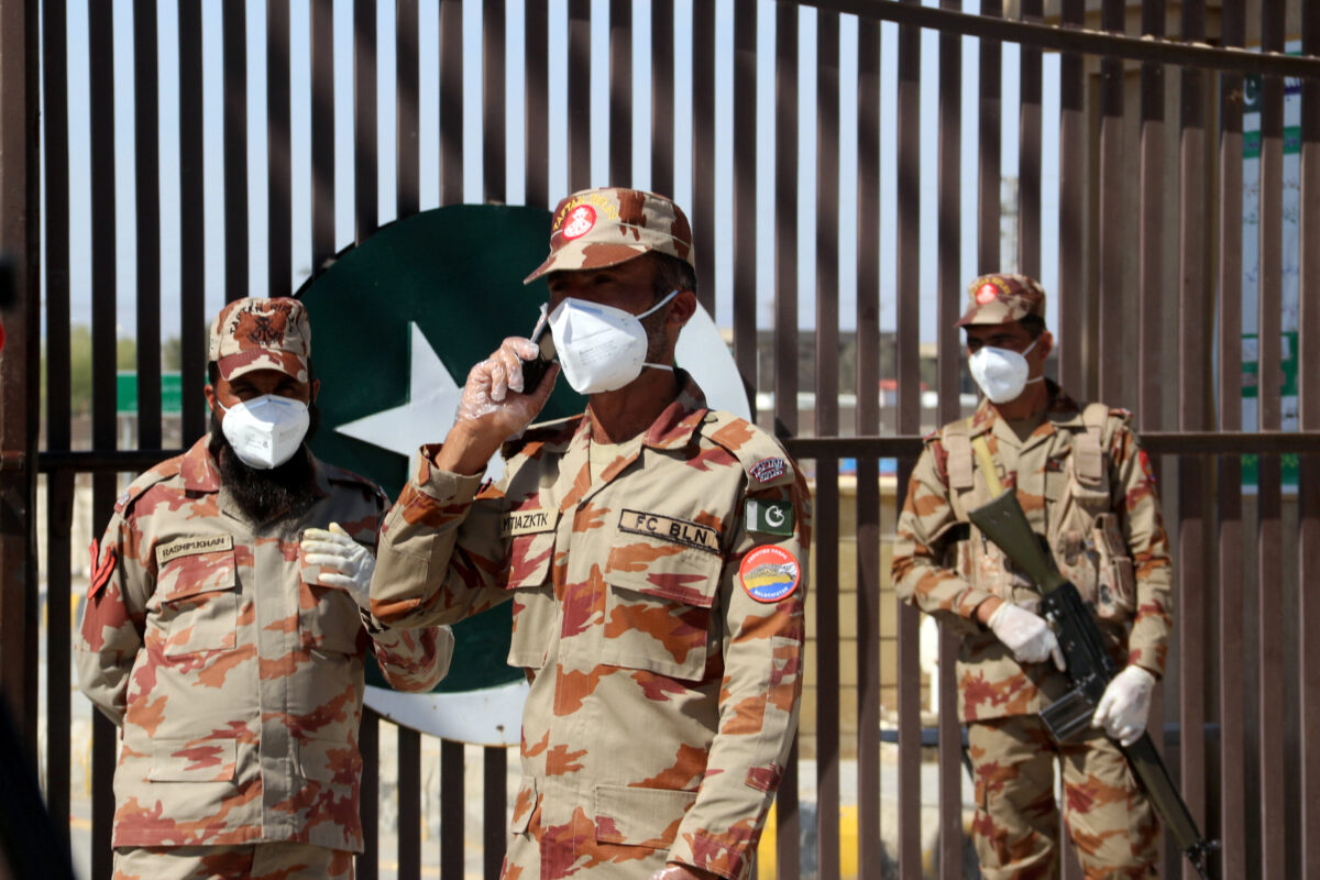 Pakistan Shuts Schools, Suspends Iran Flights to Curb Coronavirus Spread