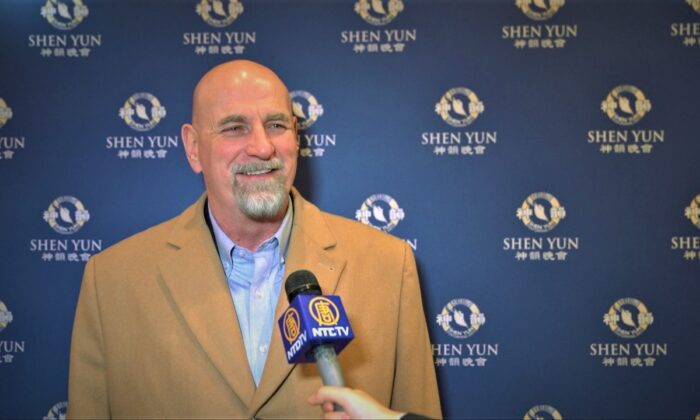 'It's the Triumph of Humanity' Says Business Owner and Author About Shen Yun