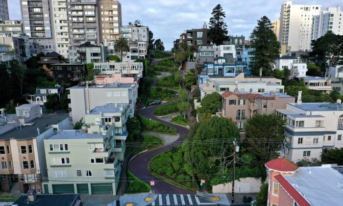 An aerial drone view of an empty Lombard Street tourist destination during the coronavirus pandemic in San Francisco on March 30, 2020. (Justin Sullivan/Getty Images)