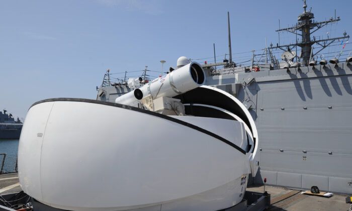 The Laser Weapon System temporarily installed aboard the destroyer USS Dewey in San Diego, Calif., on July 30, 2012. (U.S. Navy/John F. Williams)