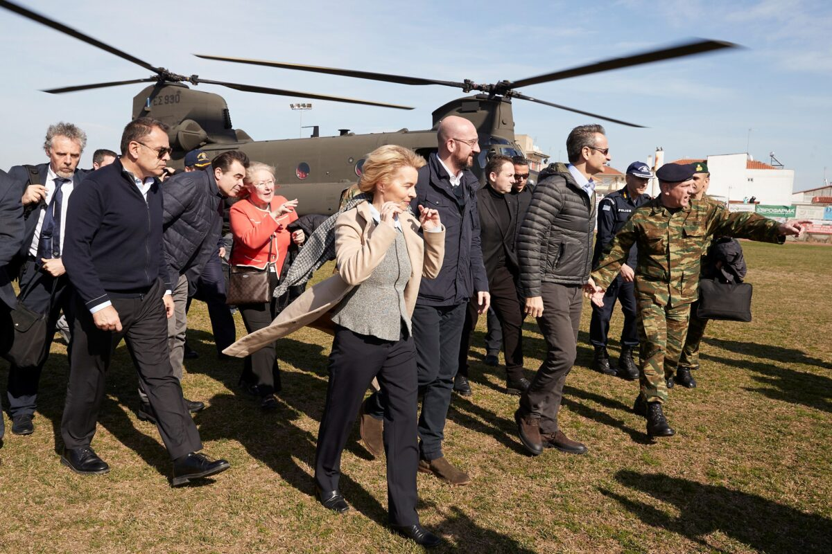 Greek Prime Minister Kyriakos Mitsotakis, European Commission President Ursula von der Leyen, European Council President Charles Michel and European Parliament President David-Maria Sassoli (not pictured) disembark a Chinook helicopter after flying over the Greek-Turkish border, in the region of Evros, Greece, March 3, 2020. (Greek Prime Minister's Office/Dimitris Papamitsos/Handout via Reuters)
