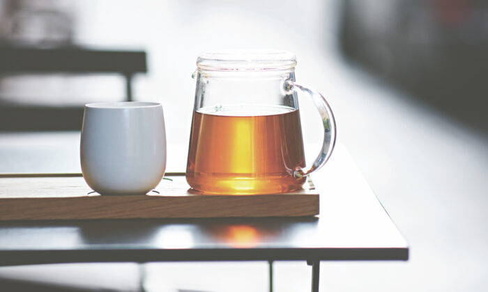 For a truly good cup of tea, you need good tea leaves and good water. (Steven Joyce)