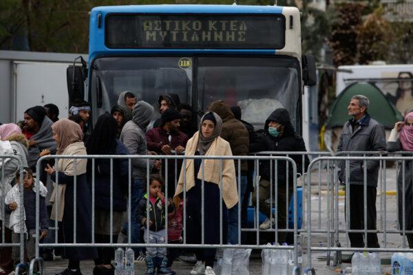 Migrants crossing Aegean sea