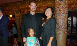 Filmmaking Duo Impressed by the Message of Shen Yun
