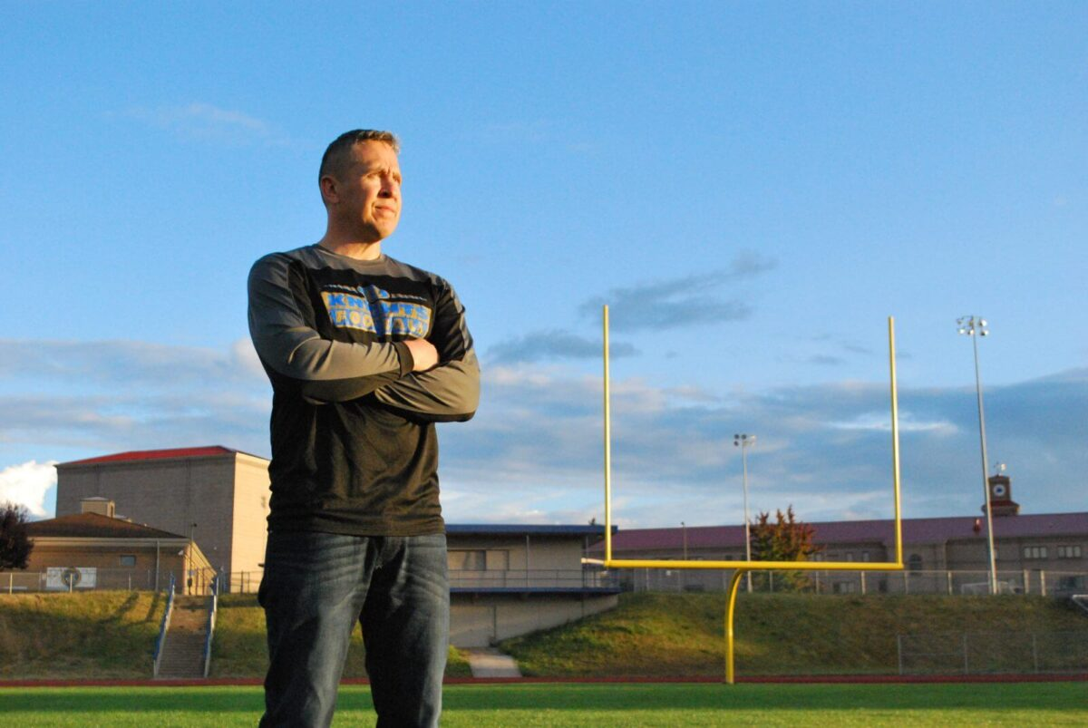 High School Football Coach Asks Court to Uphold Right to Pray After Games