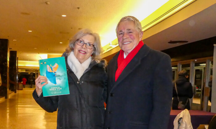 Calgary Audience Members Agree: We Love Shen Yun's Values and Principles