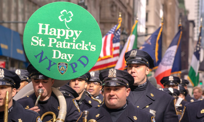 Hundreds of officers and service members gather for the 2019 annual St. Patrick's Day parade in New York City on March 16, 2019. (David Dee Delgado/Getty Images)