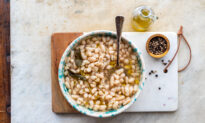 Fagioli All'olio (Tuscan White Beans With Olive Oil)