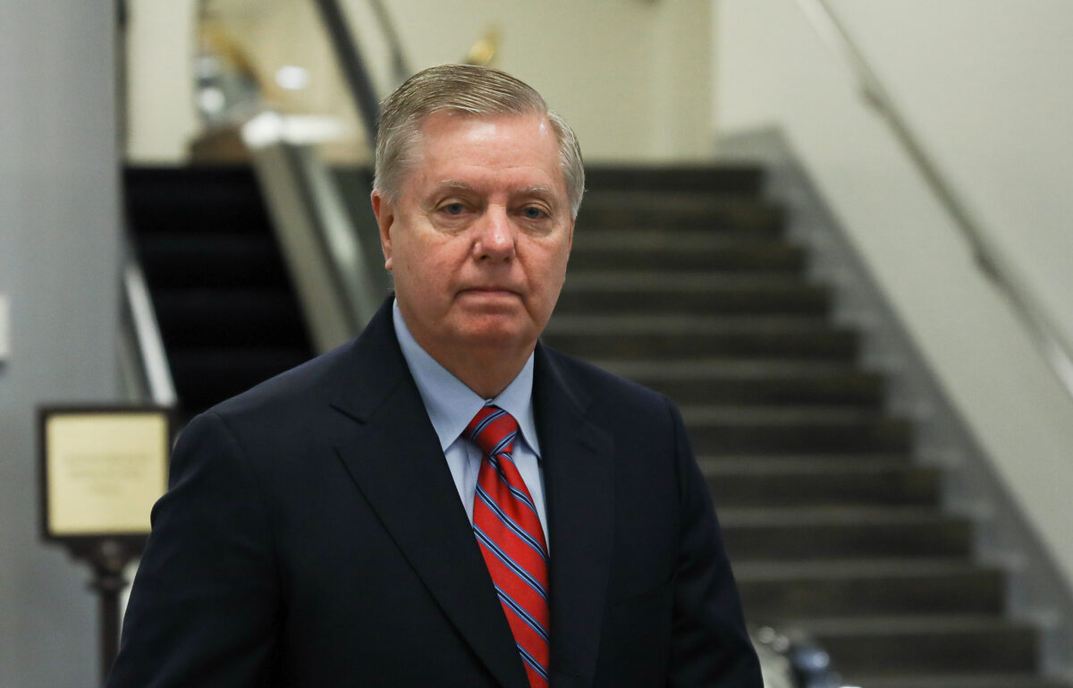lindsey graham goes into isolation