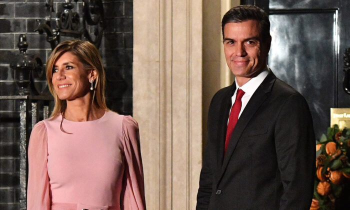 Pedro Sanchez, Prime Minister of Spain, and wife María Begoña Gómez Fernández arrive at number 10 Downing Street in London, England for a reception on Dec. 3, 2019. (Leon Neal/Getty Images)