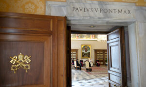 Vatican to Hold Easter Celebrations Without Congregation Amid Coronavirus Pandemic