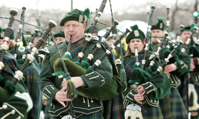 Bagpipe members of the Shannon Rovers Pipe Band are seen in the St. Patrick's Day parade in Chicago, Ill., on March 12, 2005. (Tim Boyle/Getty Images)