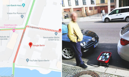 Man 'Hacks' Google Maps by Faking Traffic Jams With a Cart Full of 99 Smartphones