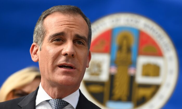 Los Angeles Mayor Eric Garcetti speaks at a Los Angeles County Health Department press conference on the CCP virus in Los Angeles, Calif., on March 4, 2020. (Robyn Beck/AFP via Getty Images)