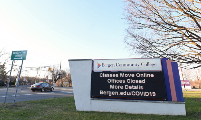 A sign displays that Bergen Community College is closed as the coronavirus continues to spread across the United States in Paramus, New Jersey on March 15, 2020. (Mike Coppola/Getty Images)