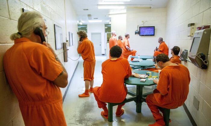 Inmates pass the time within their cell block at the Twin Falls County Jail in Twin Falls, Idaho, in a 2018 file photo. (Pat Sutphin/The Times-News via AP)