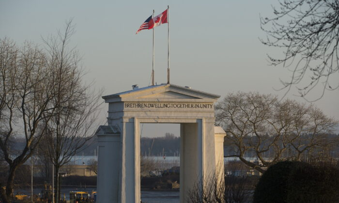 The Peace Arch is pictured at the Canada/USA border in Surrey, B.C. on March 20, 2020. (The Canadian Press/Jonathan Hayward)