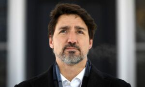 Trudeau Says Canada Working Hard, but Won't Be Able to Get All Canadians Home