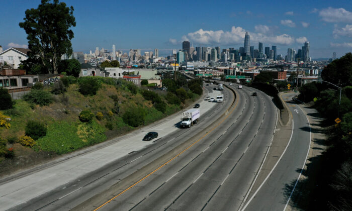 Midday traffic is lighter than usual on Highway 101 in San Francisco on March 20, 2020. With the entire State of California under order to shelter in place, traffic on Bay Area freeways is extremely light. (Justin Sullivan/Getty Images)
