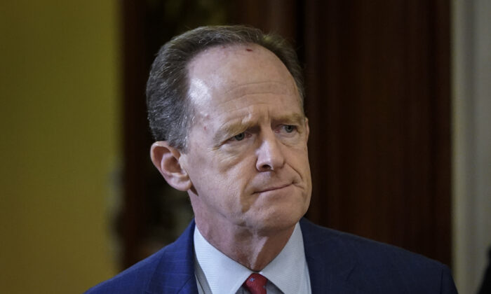 Sen. Pat Toomey (R-Pa.) at the U.S. Capitol in Washington on Jan. 30, 2020. (Drew Angerer/Getty Images)