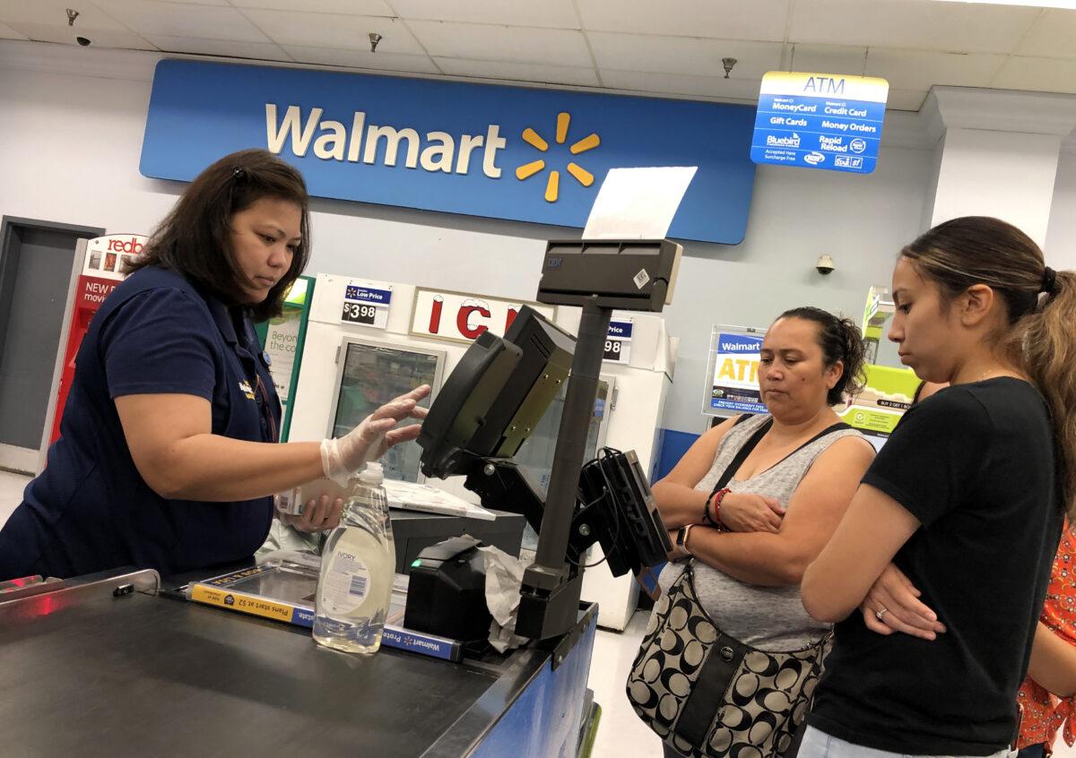 Coronavirus: Walmart, Kroger among stores installing sneeze guards