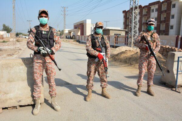 soldiers in iran quarantine